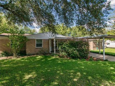 Mesquite Single Family Home For Sale: 3017 Clover Drive