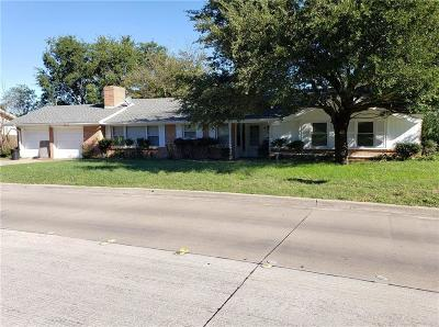 North Richland Hills Single Family Home For Sale: 5841 Tourist Drive