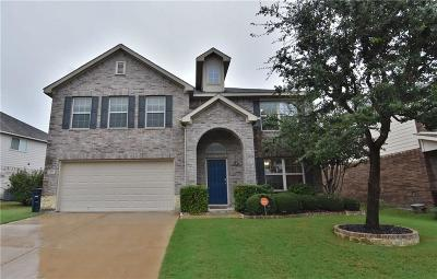 Fort Worth Single Family Home For Sale: 8808 Golden Sunset Trail