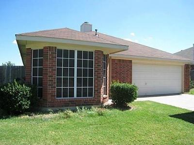 Mansfield Residential Lease For Lease: 3206 Rustic Meadow Trail
