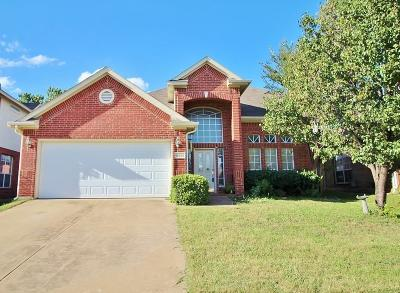 Fort Worth Residential Lease For Lease: 12825 Peach Tree Way