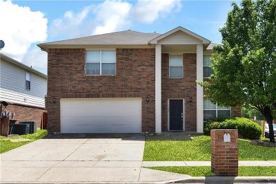 Fort Worth Residential Lease For Lease: 7300 Little Mohican Drive