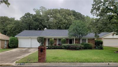 Arlington Single Family Home For Sale: 1605 Brunson Court