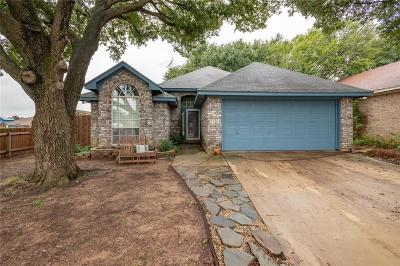 Fort Worth Single Family Home For Sale: 8824 Sabinas Trail