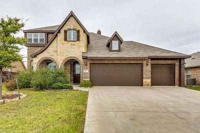 Burleson Single Family Home For Sale: 805 Graham Drive