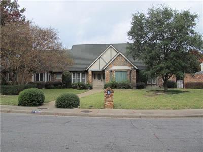 Dallas Single Family Home For Sale: 6953 Brookshire Drive