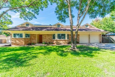 Lake Worth Single Family Home For Sale: 4321 Woodlake Drive