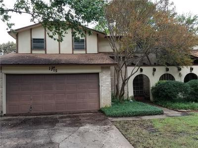 Euless Townhouse Active Kick Out: 1715 Lakewood Boulevard