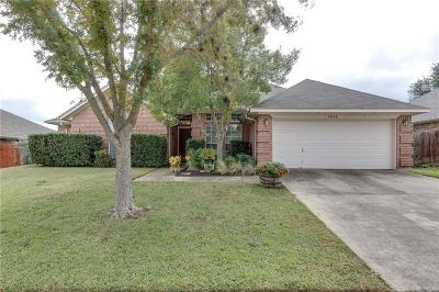 North Richland Hills Single Family Home For Sale: 7808 Old Hickory Drive