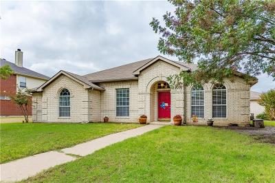 Mesquite Single Family Home Active Option Contract: 2911 Pinecrest Court