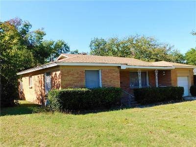 White Settlement Single Family Home For Sale: 876 Perry Drive