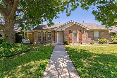 Rowlett Single Family Home For Sale: 2605 Thistle Lane