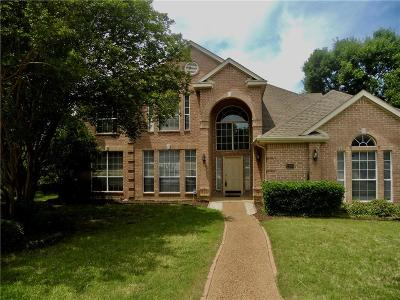 Garland Single Family Home For Sale: 2205 Club Creek Circle