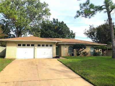 Bedford Single Family Home For Sale: 2608 Shady Grove Drive