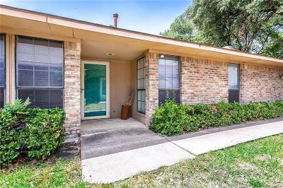 Dallas Half Duplex Active Contingent: 3052 Modella Avenue