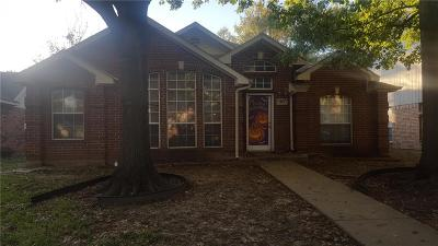 Cedar Hill Single Family Home For Sale: 1519 Allen Drive