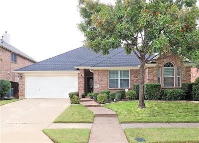Lantana Single Family Home For Sale: 8717 Cherry Lee Lane