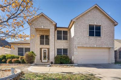 Grand Prairie Single Family Home For Sale: 4885 Autumn