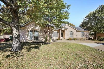 North Richland Hills Single Family Home For Sale: 9217 Glenhaven Court