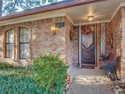 Addison Single Family Home For Sale: 4011 Bobbin Lane