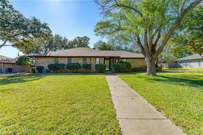 Highland Village Single Family Home For Sale: 214 Sandero Drive