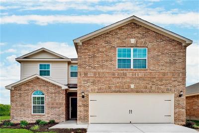 Princeton Single Family Home For Sale: 1596 Park Trails Boulevard