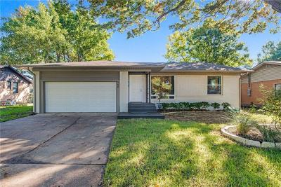 Richardson Single Family Home For Sale: 708 Lorrie Drive