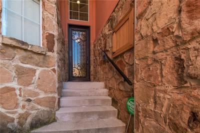 Grand Prairie Townhouse For Sale: 2625 Villa Di Lago #2