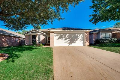Arlington Single Family Home Active Option Contract: 5901 Fawn Meadow Trail