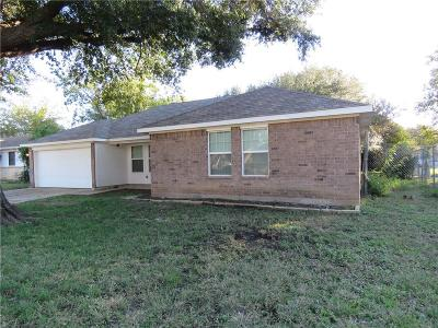 Everman Single Family Home For Sale: 413 Celeste Street