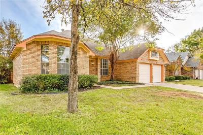 Grapevine Single Family Home For Sale: 605 Huntington Court