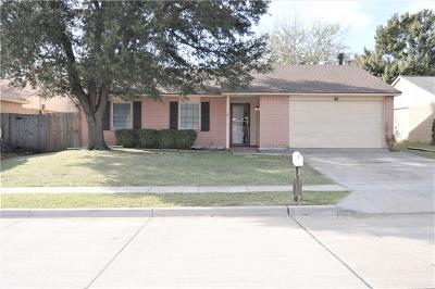 North Richland Hills Single Family Home For Sale: 6409 Yarmouth Avenue