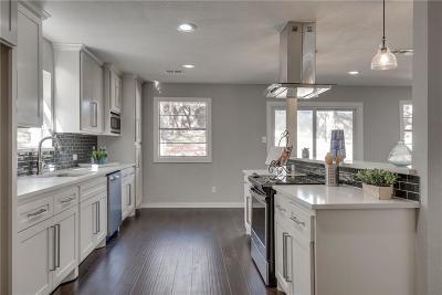 Bedford Single Family Home For Sale: 609 Hurst Drive