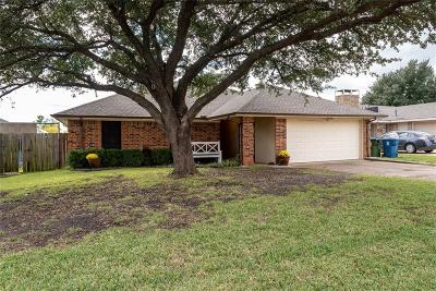 Sachse Single Family Home For Sale: 2612 Herring Circle