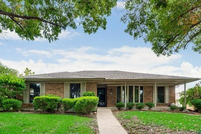Garland Single Family Home For Sale: 1325 Pecan Valley Drive