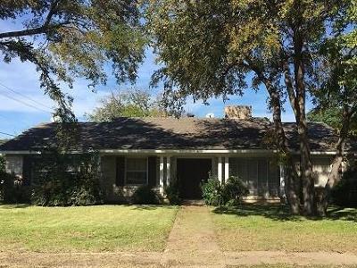 Dallas, Addison Single Family Home For Sale: 12405 High Meadow