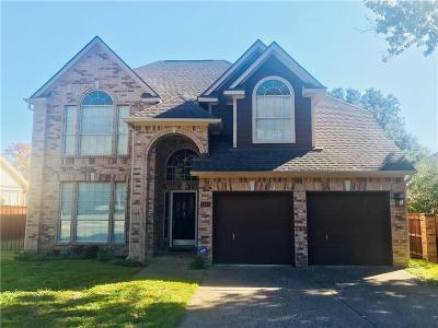 Arlington Single Family Home For Sale: 2615 Garden Ridge Lane