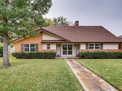 Single Family Home For Sale: 2923 Green Meadow Drive