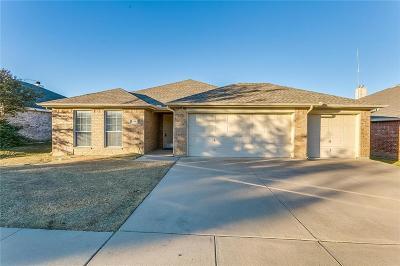 White Settlement Single Family Home For Sale: 9308 Alyssa Court