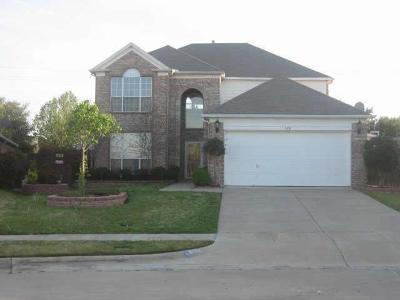 Bedford, Euless, Hurst Single Family Home For Sale: 302 Winston Court
