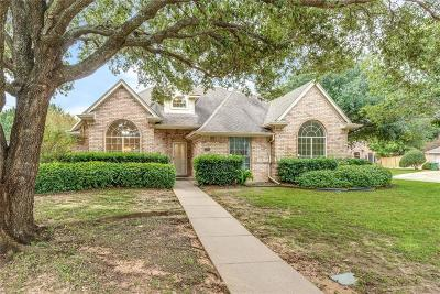 Arlington Single Family Home For Sale: 3304 Hunter Cove Drive
