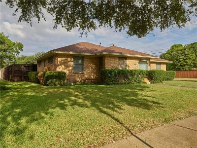 Garland Single Family Home For Sale: 2001 Robin Lane