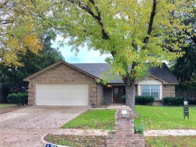 Keller Single Family Home For Sale: 217 Dodge Trail