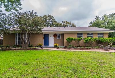 Euless Single Family Home For Sale: 513 E Huitt Lane
