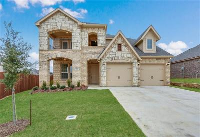 Kennedale Single Family Home For Sale: 308 Oliver Court