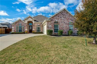 Fort Worth TX Single Family Home For Sale: $278,000