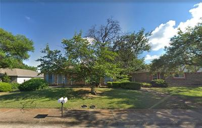 Dallas Multi Family Home For Sale: 2738 Meadow Gate Lane