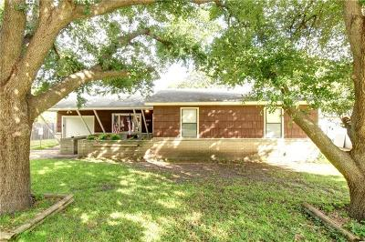 Benbrook Single Family Home For Sale: 1029 Warden Street