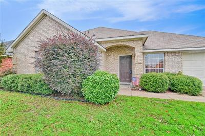 Waxahachie Single Family Home Active Option Contract: 627 Oliver Lane