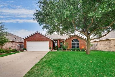 Burleson Single Family Home For Sale: 1011 Tyler James Drive